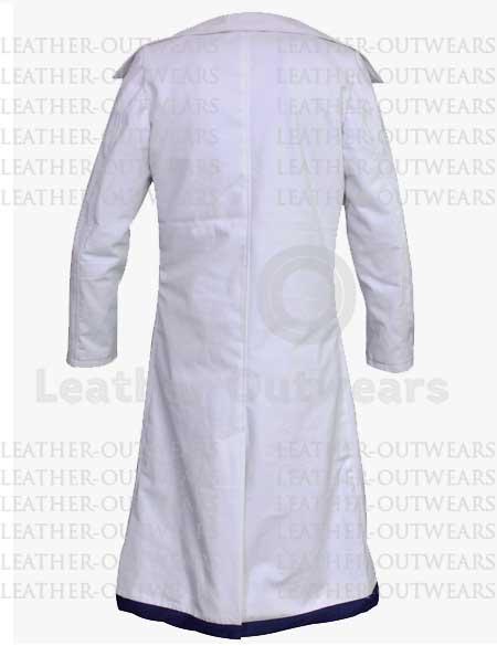 The-Intern-Anne-Hathaway-White-Coat