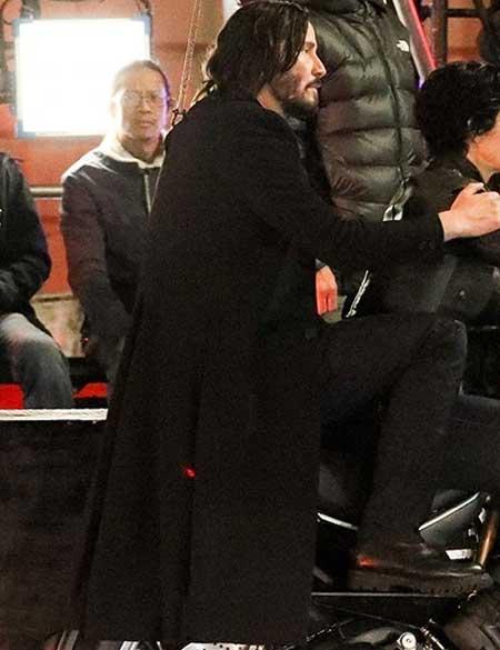 The-Matrix-4-Neo-Coat