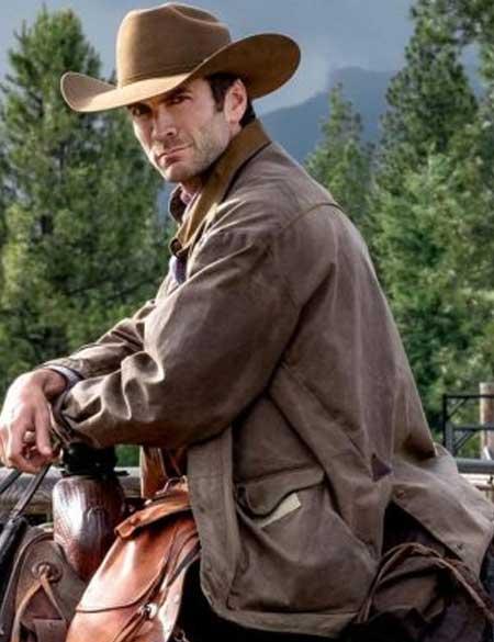 Yellowstone-Jamie-Dutton-Jacket